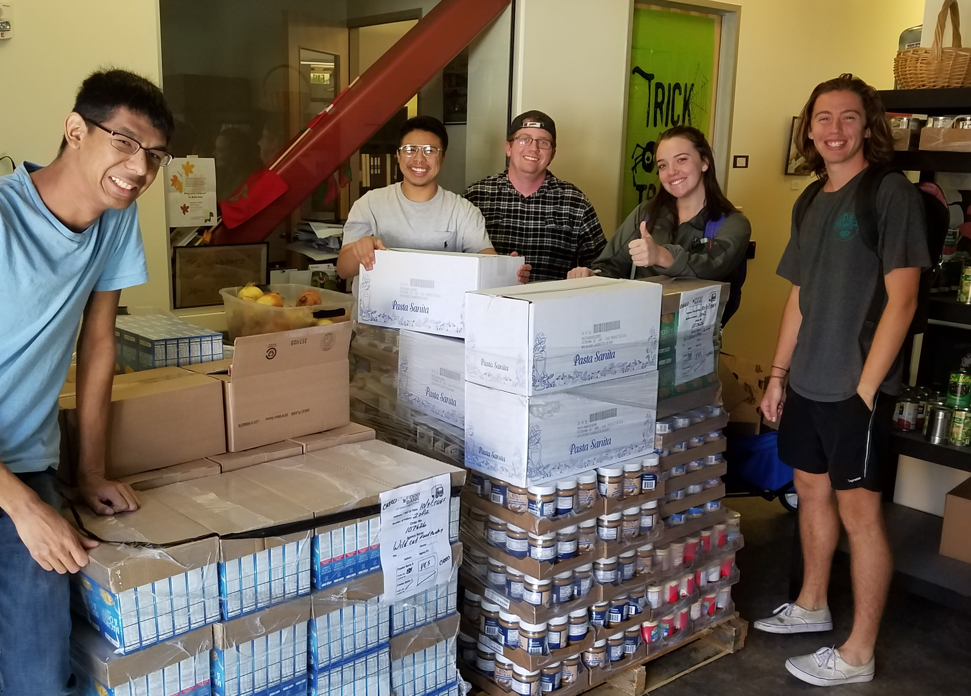 Photo   food bank delivery sept 2018   crew   3