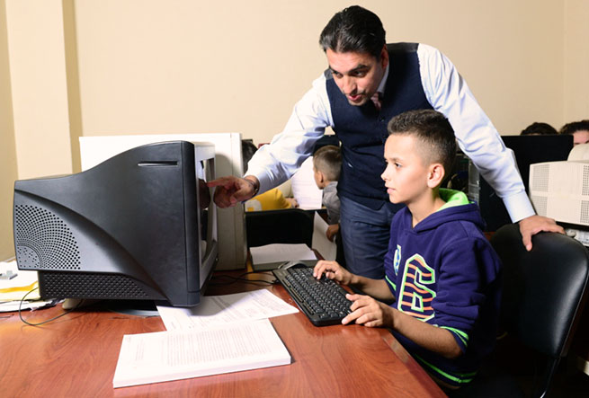 Albaniacomputerclassstudentteacher