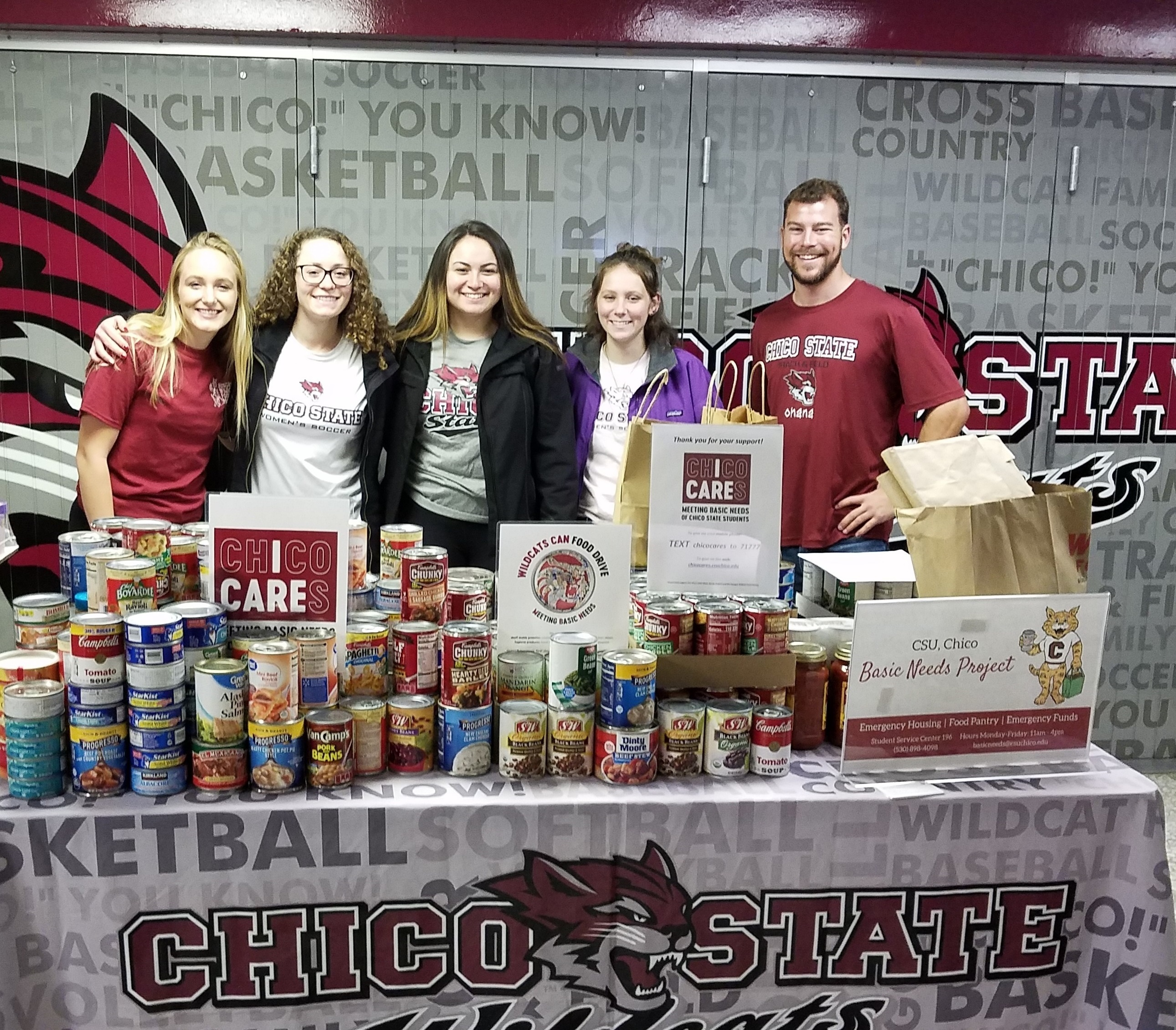 Photo basketball food drive 2019 edited