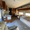 RV for Sale: 2006 BOUNDER 33R
