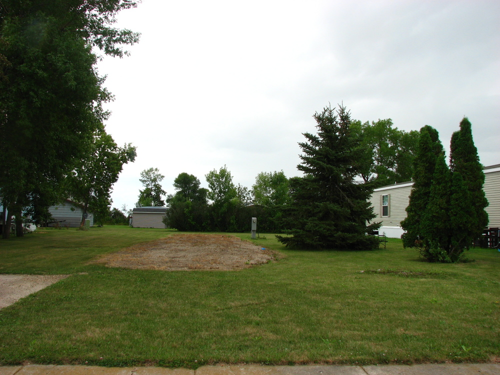 Grafton MHP - mobile home park in Grafton, ND 788921