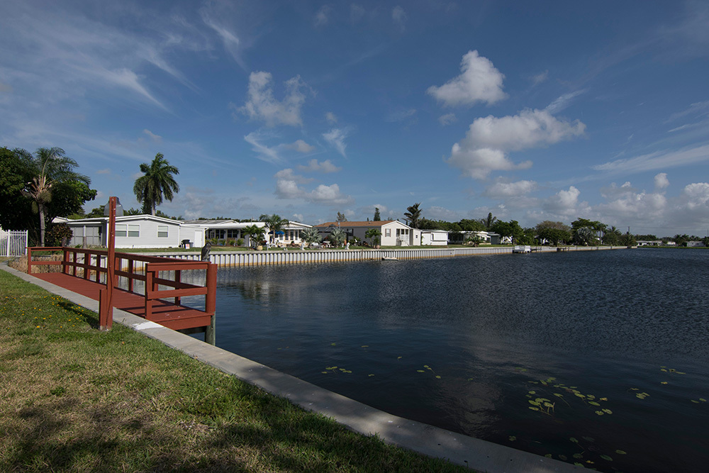 west palm beach mobile home parks