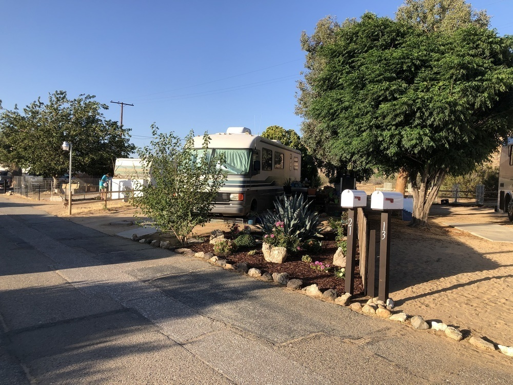 Paradise Mobile Estates - RV lot for rent in Apple Valley ...