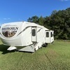RV for Sale: 2013 BIGHORN 33RL