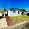 Mobile Home for Sale: Azalea Gardens Sp. #23, Newberg, OR