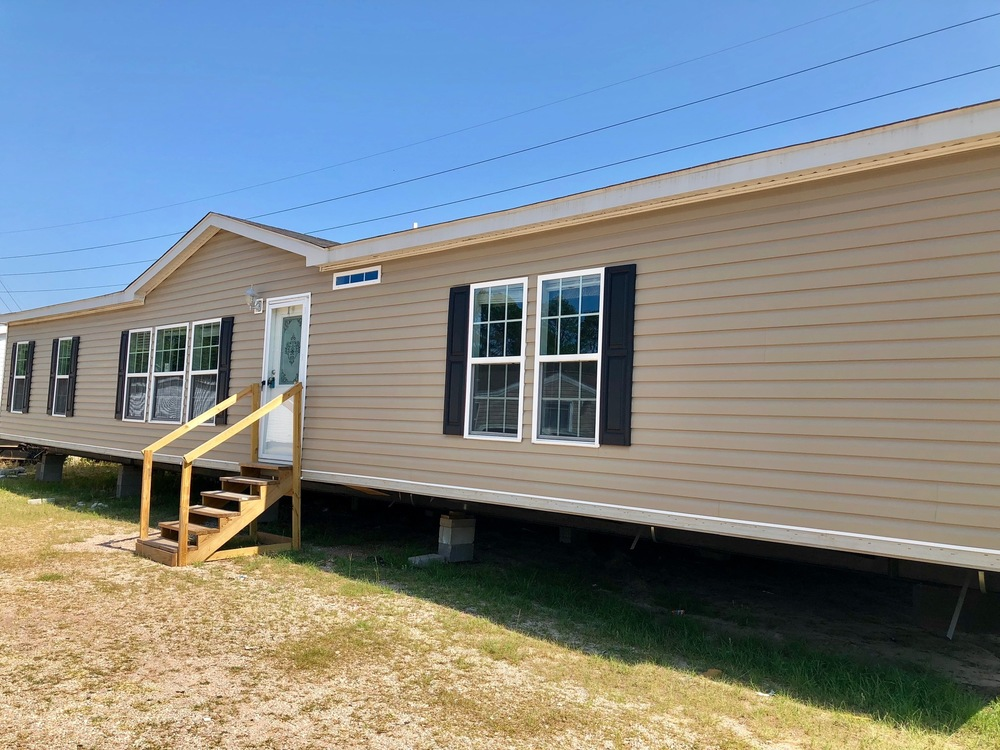 mobile home for sale in West Columbia, SC: HIGH END SCOTBILT