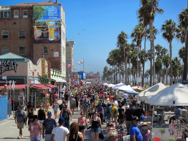 venice beach silicon beach wallscape billboard for rent in los rh outdoorbillboard com