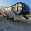 RV for Sale: 2015 MOMENTUM 385TH