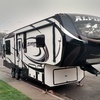 RV for Sale: 2015 ALPINE 3100RL