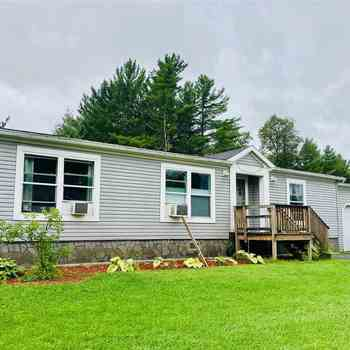 Fine Mobile Homes For Sale In Vermont 124 Listed Home Interior And Landscaping Spoatsignezvosmurscom
