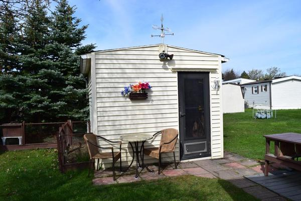 1987 Commodore - Mobile Homes for Sale in Chewaga, NY on triple wide mobile homes, double wide mobile homes, franklin mobile homes, champion mobile homes, clark mobile homes, fleetwood mobile homes, freedom mobile homes,