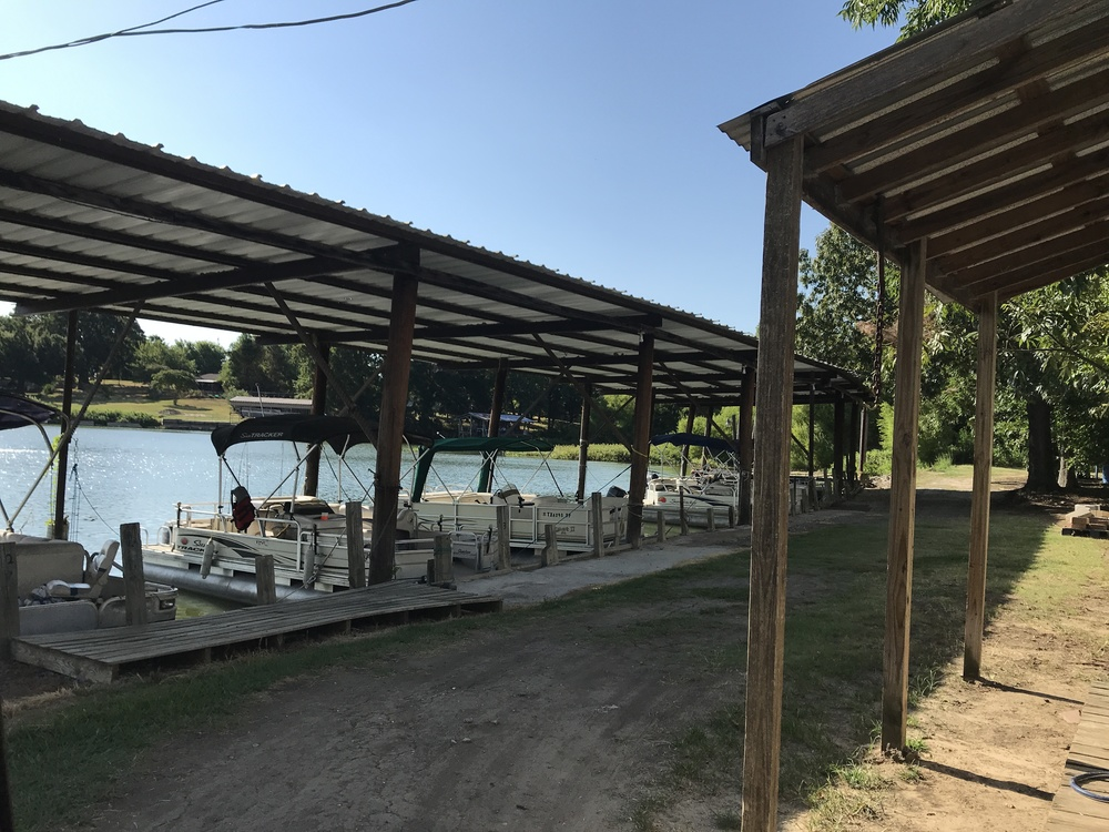 Red Bear Resort - RV park for sale in Wills Point, TX 992537