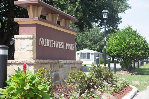 mobile home park in Houston, TX: Northwest Pines ...
