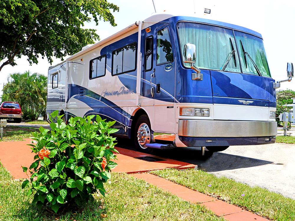 Sunshine Holiday Mobile Home Parks In Fort Lauderdale Fl