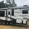 RV for Sale: 2018 AVALANCHE 321RS