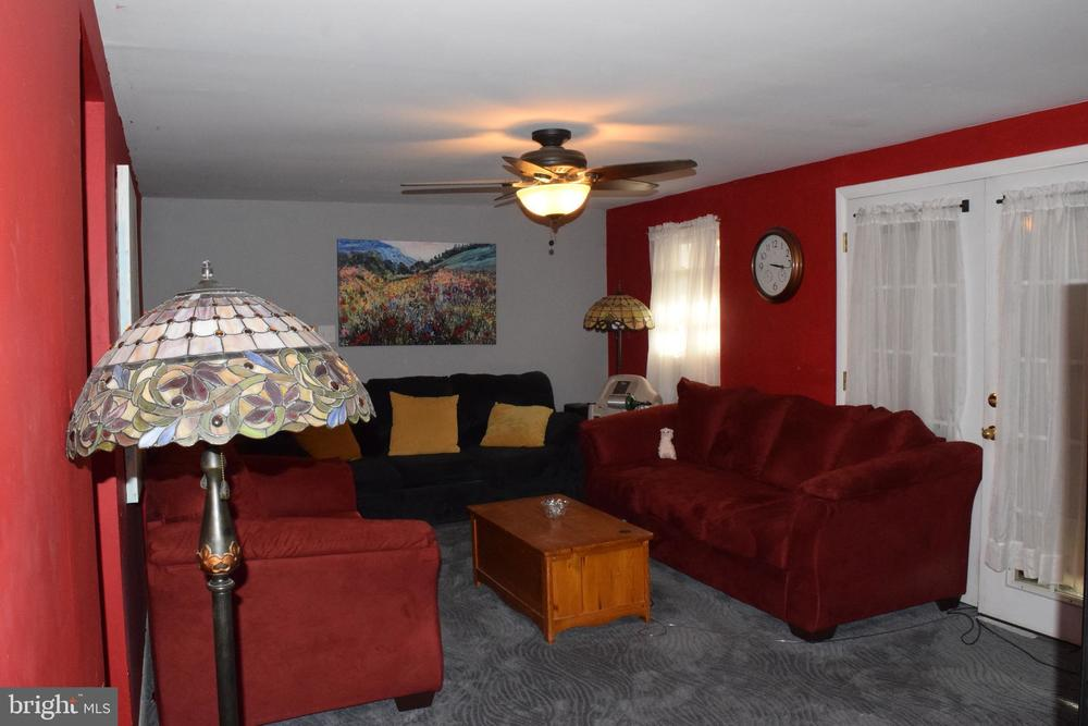 Raised Ranch/Rambler, Manufactured - LOTHIAN, MD - mobile ... on living mobile homes, pink mobile homes, single mobile homes, square mobile homes, red mobile homes, built mobile homes, silver mobile homes, small mobile homes, black mobile homes, elevated mobile homes, restored mobile homes, large mobile homes, california mobile homes, garden mobile homes, blue mobile homes, brown mobile homes, love mobile homes, white mobile homes, sold mobile homes, lifted mobile homes,