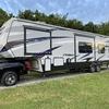 RV for Sale: 2017 CARBON 347