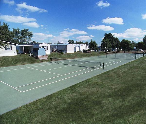 Meadowbrook Estates - mobile home park in Toledo, OH 58097