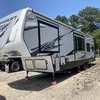 RV for Sale: 2018 CARBON 347