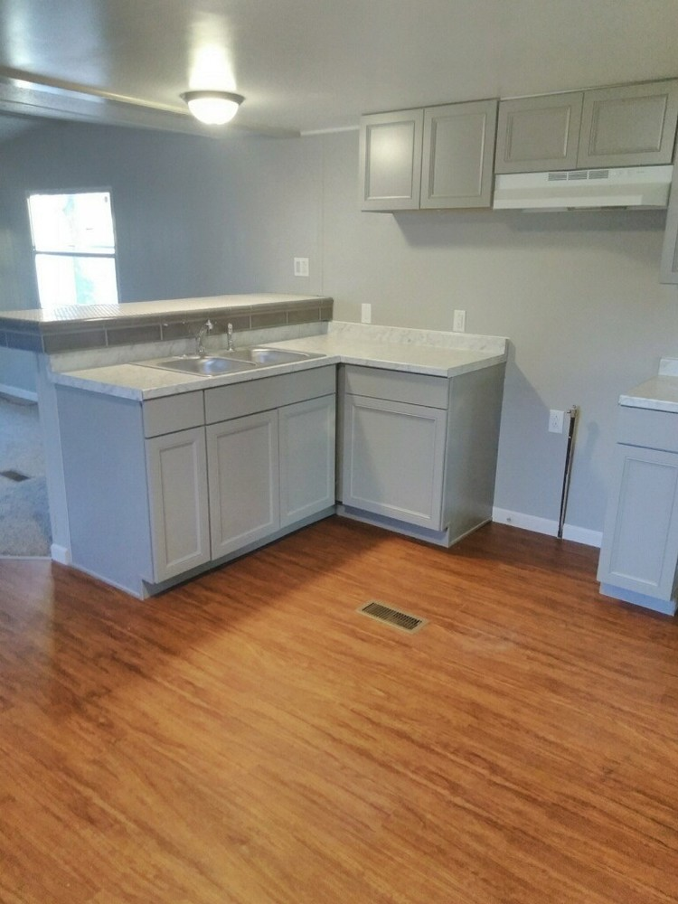 Mobile Home For Sale In Decatur, IL: 3 Bedroom 1 Bathroom