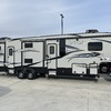RV for Sale: 2016 AVALANCHE 391TG