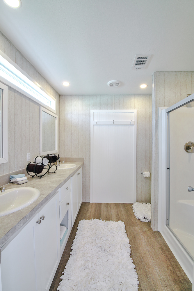 3 Bed 2 Bath 2019 Chariot Eagle Mobile Home For Sale In