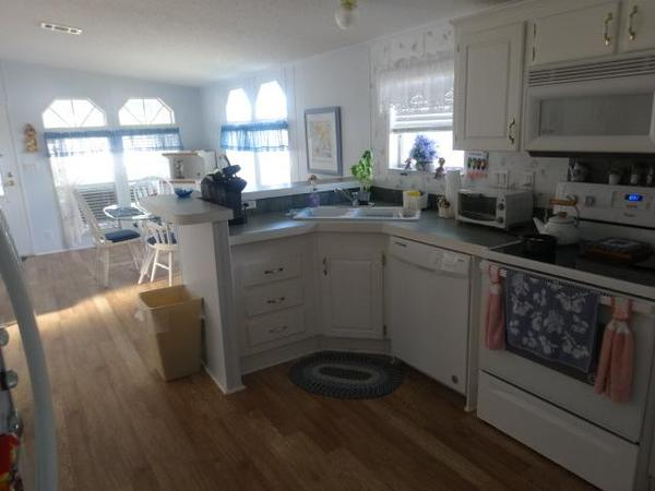 Maplewood Village Mobile Home For Sale In Cocoa Fl 878947