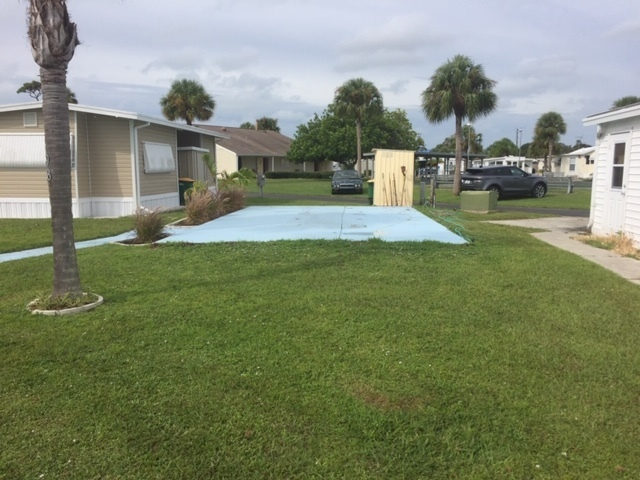 Holiday Travel Park Lot 98 - RV lot for rent in Englewood ...