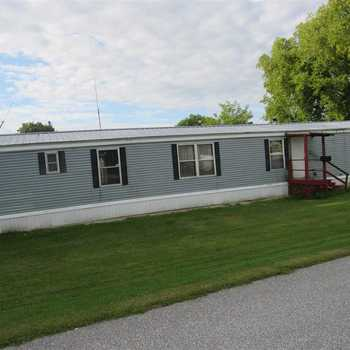 Magnificent Mobile Homes For Sale In Vermont 124 Listed Home Interior And Landscaping Spoatsignezvosmurscom
