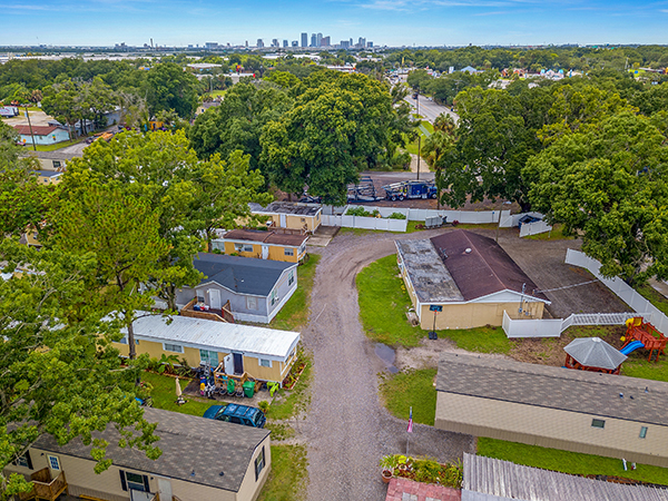 Peachy Tampa Bay Estates Mobile Home Park For Sale In Tampa Fl Home Remodeling Inspirations Cosmcuboardxyz