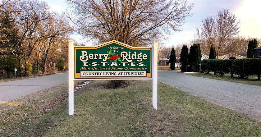 Affordable Mobile Home Community in Wisconsin Dells, WI