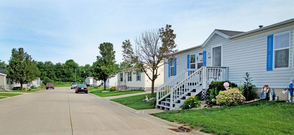 Affordable Mobile Home Community in Bloomington, IL