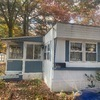 Mobile Home for Sale: Beautiful 2 bedrooms, one bathroom home, located near golf course., Windham, CT