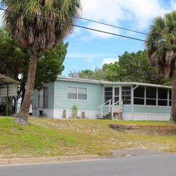 Enjoyable Mobile Homes For Sale Near Cedar Key Fl Home Interior And Landscaping Spoatsignezvosmurscom