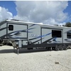RV for Sale: 2017 FUZION 414