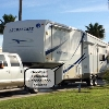 RV for Sale: 2009 Alumascape 33SKQ