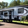 RV for Sale: 2016 VENGEANCE 295A18