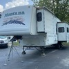 RV for Sale: 2004 MONTANA 3295