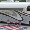 RV for Sale: 2002 Discovery 37 T 2 slides new tires