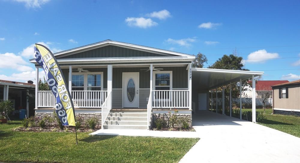 mobile home for sale in Orlando, FL: 2019 Champion 965357