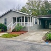 Mobile Home for Sale: 3 Bed 2 Bath 2006 Homes Of Merit