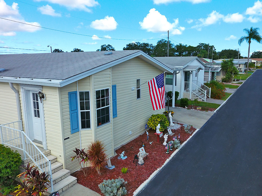 mobile home park in Clearwater, FL: Hillcrest - Florida 477038