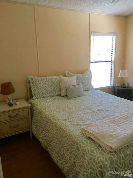 Mobile Home For Sale In Tarpon Springs, FL: 2 Bed 2 Bath