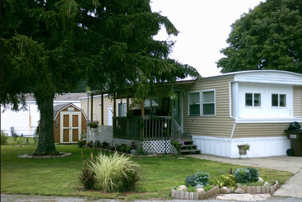 Tallmadge Meadows - Mobile Home Parks in Grand Rapids, MI on homes for rent in palm springs ca, homes for rent saginaw mi, homes for rent in san francisco ca, homes for rent in chicago il, homes for rent in hollywood fl, houses for rent in wyoming mi,
