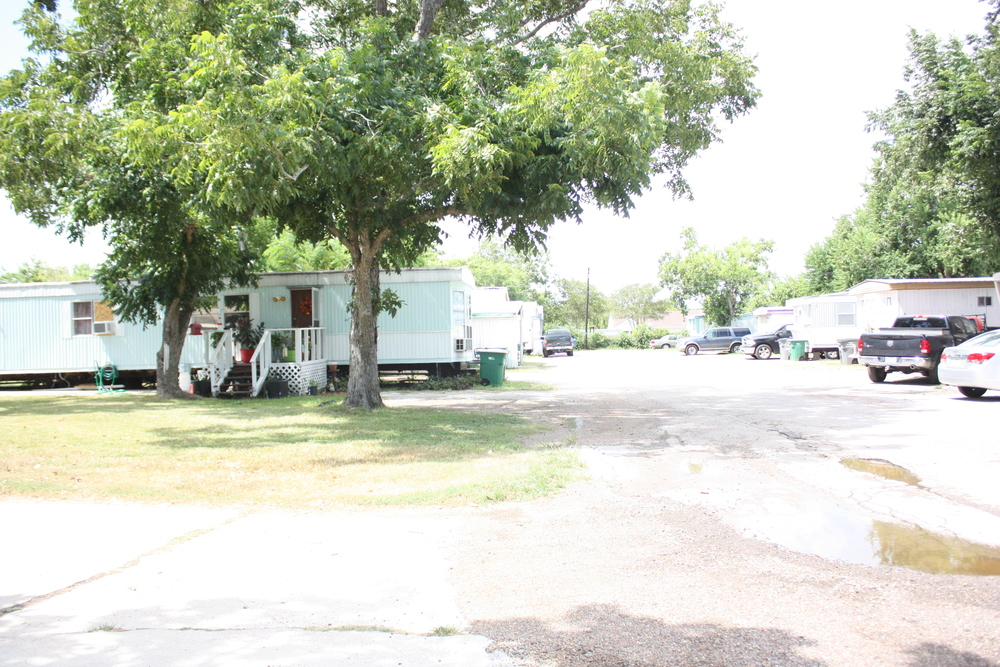 Swell Mobile Home Park For Sale In Victoria Tx East North Mobile Download Free Architecture Designs Xaembritishbridgeorg
