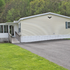 Mobile Home for Sale: HUGE-3B/2B Dbl, 1568sf, Fncd Yrd, GORG! HE305, Hereford, PA