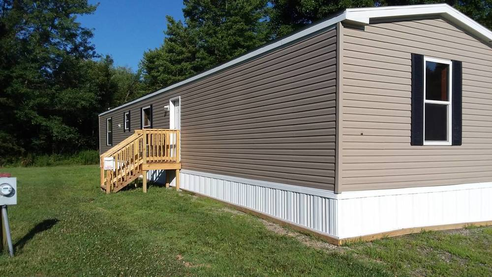 Mobile Home For Rent In Derry, PA: Dogwood Community Has A