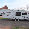 RV for Sale: 2009 COUGAR 318SAB