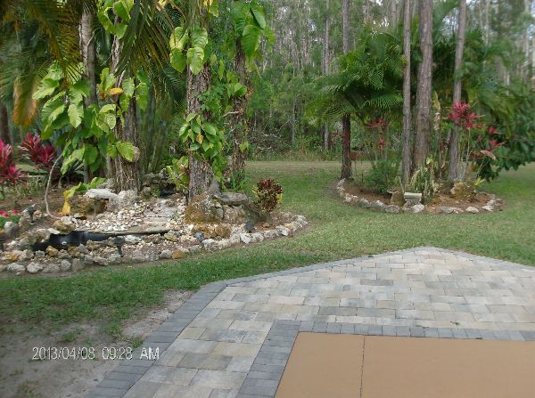 Patio and Garden of RV Lot