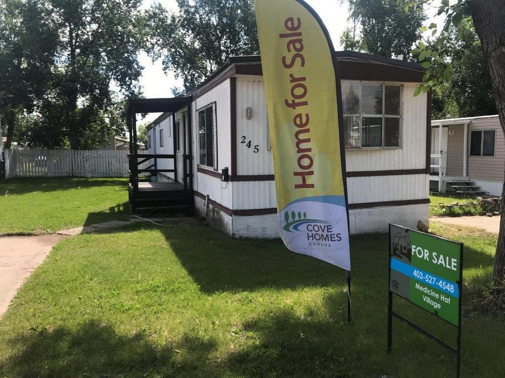 Astonishing 2 Bed 1 Bath Home At Medicine Hat Village Mobile Home For Best Image Libraries Barepthycampuscom